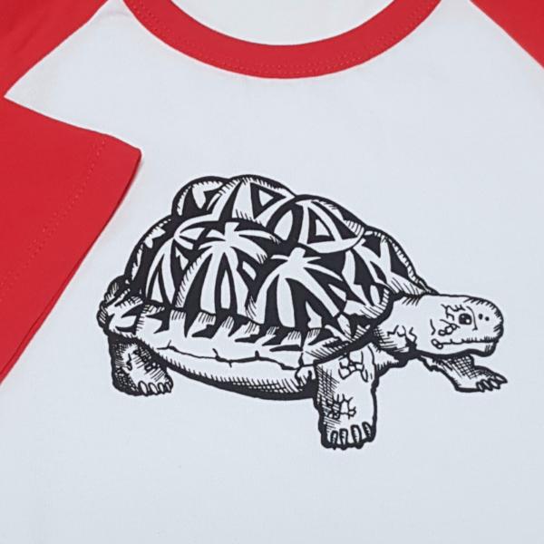 Red List Kids Shirt Detail