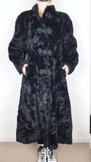 Vintage Mantel 4